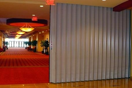 Folding Wall Red Carpet TranZform Fire