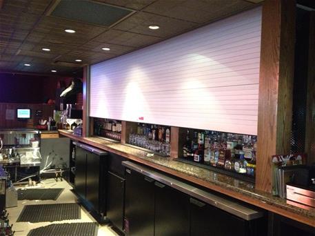 Counter Dar in Bar